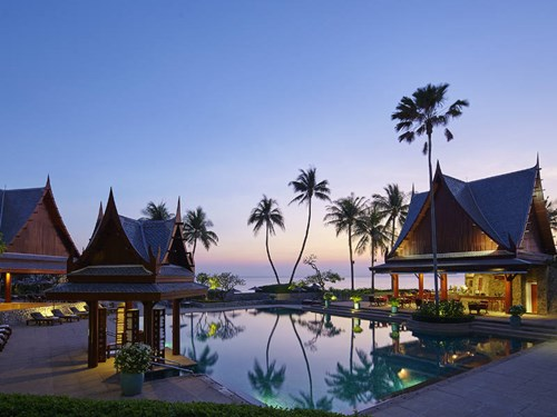 Pool and beach view at Chiva-Som International Health Resort in Thailand